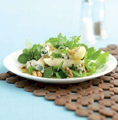 Salada de pera com nozes e Roquefort | SAPO Lifestyle