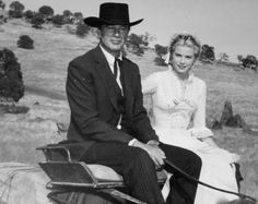 """Grace Kelly and Gary Cooper on the set of """"High Noon"""""""