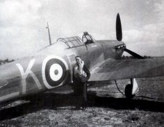 F/O Derek H Ward was taken on strength by No 87 Squadron RAF after he had ferried a badly damaged Hurricane Mk I from France to RAF Debden on 20 May 1940. On 11 August, the 23-year-old New Zealander was appointed B flight commander, claiming an Me 110 destroyed 4 days later. From September, A and B flights alternated at RAF Bibury on night duties, and on 3 days into the month Ward damaged an enemy aircraft at night.