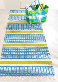 Juhannusmatto, Lappajärven Värjäämö Loom Weaving, Scandinavian Style, Handicraft, Color Inspiration, Twine, Pattern Design, Diy And Crafts, Recycling, Outdoor Blanket