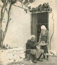 Old Greek, Photographs Of People, Greeks, Vintage Photography, Old Photos, Nostalgia, The Past, Old Things, Memories