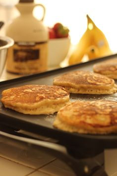 Want to enjoy pancakes without a lot of added sugar? This recipe for Whole Wheat Banana Pancakes is packed with flavor and nutrition. Homemade Breakfast, Best Breakfast Recipes, Breakfast Time, Breakfast Ideas, Banana Pancakes, Pancakes And Waffles, Griddle Recipes, Healthy Treats, Cooking Recipes
