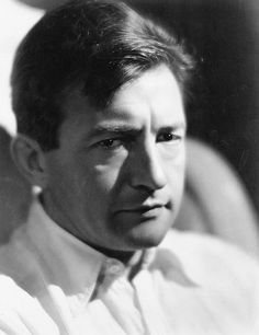 Claude Rains, Classic Movie Stars, Iconic Movies, Old Tv, Classic Hollywood, Movie Tv, Actors, History, Portrait