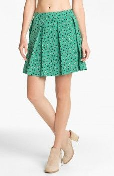 Spencer Hastings green pleated skirt. Collective Concepts - Bird Print Pleated Skirt. Pretty Little Liars Fashion, Clothing, Outfits. Shop it  http://www.pradux.com/collective-concepts-bird-print-pleated-skirt-26867?q=s15