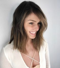 50 Best Medium Length Hairstyles in 2017 Check more at http://hairstylezz.com/best-medium-length-hairstyles/