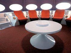 宇宙船 椅子 - Google 検索