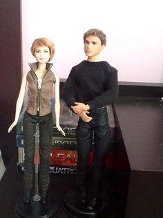Omg I tottally need those dolls!!! 0_0