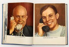 1961 USSR Russia Juri GAGARIN Russian SPACE EXCELLENT Russian Book Album.