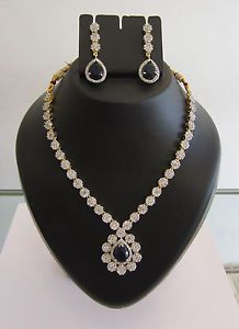 -Be the enthralling fascinating beauty and enhance your persona as you adorn the symphony of creativity with this Jewellery.Add glamour, poise and elegance to your personality.    -High Quality CZ Diamond   -High quality gold plated   -Buy two or more jewellery from jewelfame in a single order and get  a beautiful gift totally free