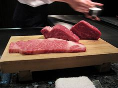 Kobe Beef, it's a scam. The US does not allow beef to be imported from Japan, there for all the Kobe beef in the US is faux >. Cooking For Four, Cooking Tips, Air Max Classic, Kobe Beef, Kobe Japan, Air Max Day, Secret Recipe, Food N, Beef Recipes