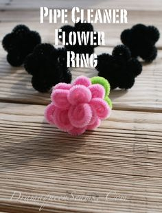 Pipe Cleaner Flower Ring – Drama Queen Seams