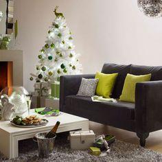 30 Christmas Tree Decoration Ideas for 2011