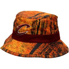 Men s Cleveland Cavaliers Mitchell   Ness Forest Camo Current Logo Bucket  Hat. Sombreros ... d8251748190