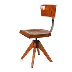 A design kiemelkedő alakjai Art Nouveau, Art Deco, Furniture Chairs, Armchairs, Benches, Stools, Product Design, Fudge, Design Ideas