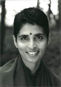 43 Best Gurumayi Chidvilasananda Images Siddha Yoga Yoga Guru Spirituality