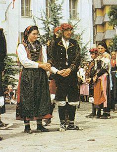 trajes tradicionales de aragon: de la bal de chistau