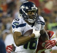 Last year at this time, the Seahawks didn't have a punt-return specialist. So they let starting safety Earl Thomas give it a try to start the season. It didn't go to well. This year, the Seahawks have invested a third-round pick in receiver Tyler Lockett, who instantly has become the return man for punts and kickoffs.…