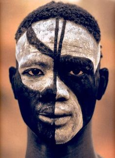 Travel Pinspiration: Pictures of People Around the World African Tribes, African Countries, Face Painting Images, Tribal Face Paints, Congo River, Leni Riefenstahl, Tribal Makeup, Adinkra Symbols, Black Eyeliner