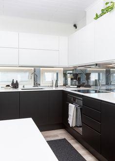 Kitchen Island, Kitchen Cabinets, House, Home Decor, Deco, Island Kitchen, Decoration Home, Home, Room Decor