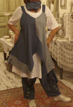 https://www.facebook.com/Lenruha  Üzlet: HOME BAZAAR- len és tervezői ruhák Budapest,  VII.kerület, Kazinczy utca 6/a. 1-escsengő Üzlet: HOME BAZAAR- len és tervezői ruhák