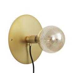 Wall Frama lampe, messing i gruppen Belysning / Lamper / Vegglamper hos ROOM21.no (1023850)