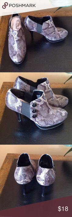 Snake Skin Print Booties Really cute booties with barely any wear! Shoes Ankle Boots & Booties