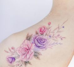 No photo description available. Elegant Tattoos, Unique Tattoos, Beautiful Tattoos, Cool Tattoos, Mini Tattoos, Small Tattoos, Purple Flower Tattoos, Tattoos To Cover Scars, Shoulder Tattoos For Women