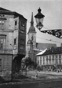 staré foto z Bratislavy « Galerie | u Tibaka v Bratislave Bratislava, Bucharest, Retro, City, Places, Times, Cities, Retro Illustration, Lugares