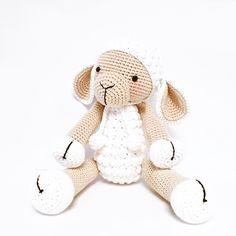 Buenos días! ❤️❤️❤️. Patrón ➡️ Anatillea . ❤️❤️❤️❤️❤️❤️❤️❤️❤️❤️❤️❤️❤️❤️ #crochet#ganchillo#croche#craft#crochetaddict#crocheting#häkeln#virka#bhooked#haken#elisi#crochetersofinstagram#crafter#sweet#craftastherapy#amigurumitoy#rajutan#uncinetto#home#amigurumitoy#madewithlove#cotton#crochetart#örgü#amigurumi#amigurumidoll#dropsfan