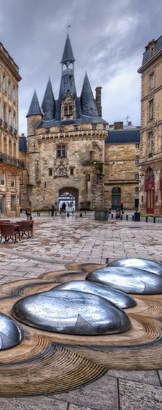 Porte Cailhau, Bordeaux, France Find Super Cheap International Flights to Bordeaux, France ✈✈✈ https://thedecisionmoment.com/cheap-flights-to-europe-france-bordeaux/ #lowcostflights