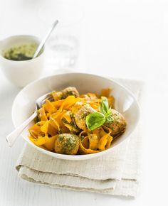 Porkkanapyörykkäpasta - Low carb butternut squash pasta with carrot balls – Ruoka.fi