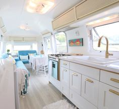 Prettiest Camper kitchen I have seen! by Delighted Momma: Camper Renovation Inspiration