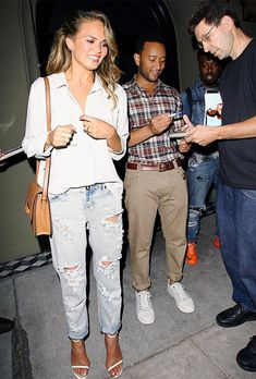 The Stylish (And Affordable) Boyfriend Jeans Our Favorite Celebs Love via @WhoWhatWear