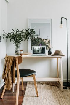 Made of hand-sanded, high-grade, sturdy 18mm ply and built with space, organisation and work in mind. The Koala wfh Desk ensures you don't have to worry about tripping over wires or squeezing it into a little nook in the living room, cos it's been designed with life and work in mind.