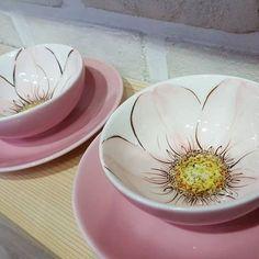 Ceramics by Galit Weiss click. Ceramic Shop, Ceramic Tableware, Ceramic Bowls, China Painting, Ceramic Painting, Ceramic Art, Painted Plates, Hand Painted Ceramics, Pottery Plates