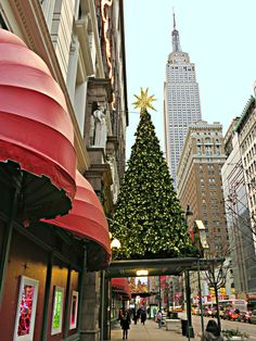 Macy's at Christmas time, 151 West Street, New York City. New York City Christmas, Christmas Town, Christmas Photos, Christmas Shopping, Christmas Lights, Xmas, Christmas Holidays, Merry Christmas, Santa Lucia