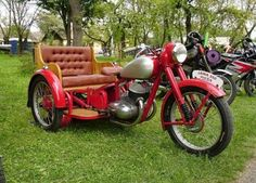 Jawa 350 Rikscha Cargo Bike, Moto Bike, Antique Motorcycles, Cars And Motorcycles, Jawa 350, 3 Wheel Motorcycle, Side Car, Scooter Bike, Motorcycle Engine
