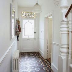 Small hallway lighting ideas narrow hallway ideas tiled hallway small hallway ideas photo gallery beautiful homes . Hall Tiles, Tiled Hallway, Hallway Flooring, Hallway Paint, White Hallway, White Walls, Staircase Walls, Bright Hallway, White Staircase