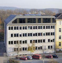 http://www.german-architects.com/de/juretzka/projekte-3/aufstockung_teilsanierung_augustinus_gymnasium-47177