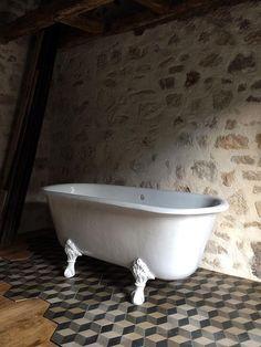 Clawfoot Bathtub, Bathroom, House, Washroom, Home, Full Bath, Bath, Bathrooms