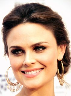 Emily Deschanel. AAHH you so pretty.