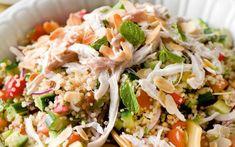 Quinoasalade met kip Tapas, Healthy Recepies, Good Food, Yummy Food, Brunch, Happy Foods, Dinner Is Served, Orzo, No Cook Meals
