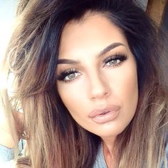 neutral makeup @aleighwhit