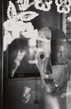 Louis Faurer Robert Frank and Mary Frank at San Gennaro Festival, N. Robert Frank, Contemporary Photography, Monochrome Photography, White Photography, Louis Faurer, San Gennaro, Edward Steichen, William Eggleston, Andre Kertesz