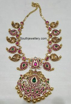 Mango Necklace latest jewelry designs - Page 13 of 42 - Indian Jewellery Designs Antique Jewellery Designs, Gold Earrings Designs, Gold Jewellery Design, Antic Jewellery, Necklace Designs, Temple Jewellery, Indian Jewelry Sets, India Jewelry, Jewelry Model