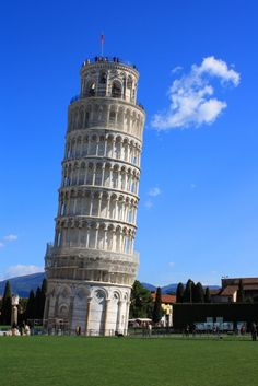 pisa tower most amazing places to visit travel