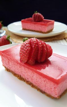 Delicious, light and airy vegan strawberry mousse cake. Totally free from animal products and made with magical aquafaba. This dessert is amaze-balls!