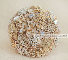 Crystal Brooch bouquet. Gold and Champagne wedding brooch bouquet, Jeweled Bouquet.