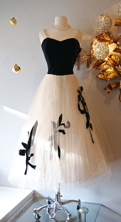 1950's Black and White Velvet & Tulle Dress interesting combination of fabrics