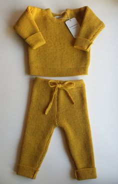 Very warm and beautiful set for babies/children - round collar lambswool sweater with handmade oak buttons and pants with string fastening.